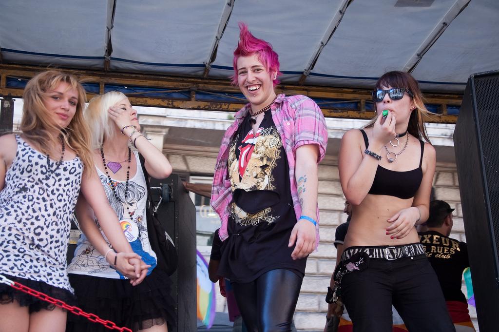 Carro di ragazze al Roma Pride 2009